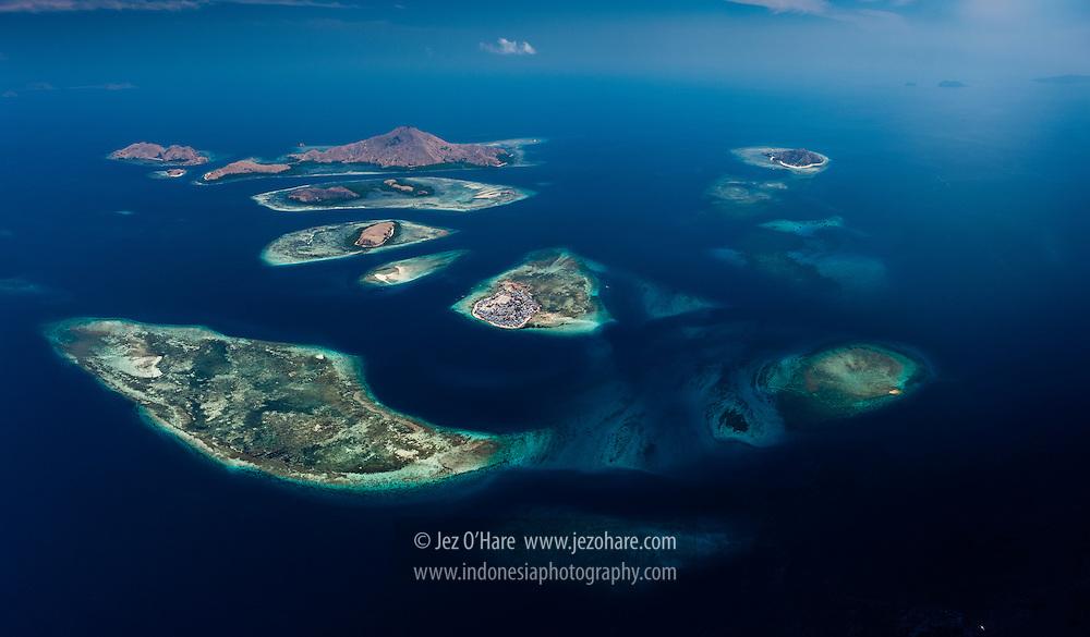 Mesa, Kanawa & other islands near Komodo National Park, Flores, NTT, Indonesia.