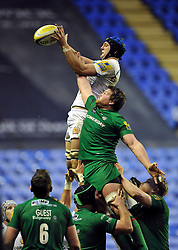 Dean Mumm of Exeter Chiefs wins the ball after competing for it with Nic Rouse of London Irish at a lineout - Photo mandatory by-line: Patrick Khachfe/JMP - Mobile: 07966 386802 11/01/2015 - SPORT - RUGBY UNION - Reading - Madejski Stadium - London Irish v Exeter Chiefs - Aviva Premiership