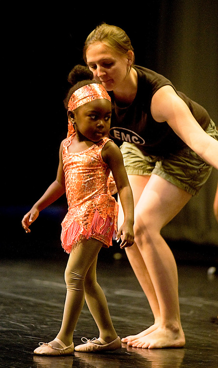 Saturday, June 13, 2009..Experimental Movement Concept's Spring Concert dress rehearsal at Community College Baltimore County in Catonsville..CIERRA VAUGHTERS.CMR D.MWISALA LUPUNGA-PHILLIPS.