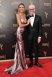 Heidi Klum, Tim Gunn bei der Ankunft zur Verleihung der Creative Arts Emmy Awards in Los Angeles / 110916 <br /> <br /> *** Arrivals at the Creative Arts Emmy Awards in Los Angeles, September 11, 2016 ***