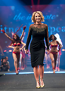 Britney Spears Lingerie Fashion Show