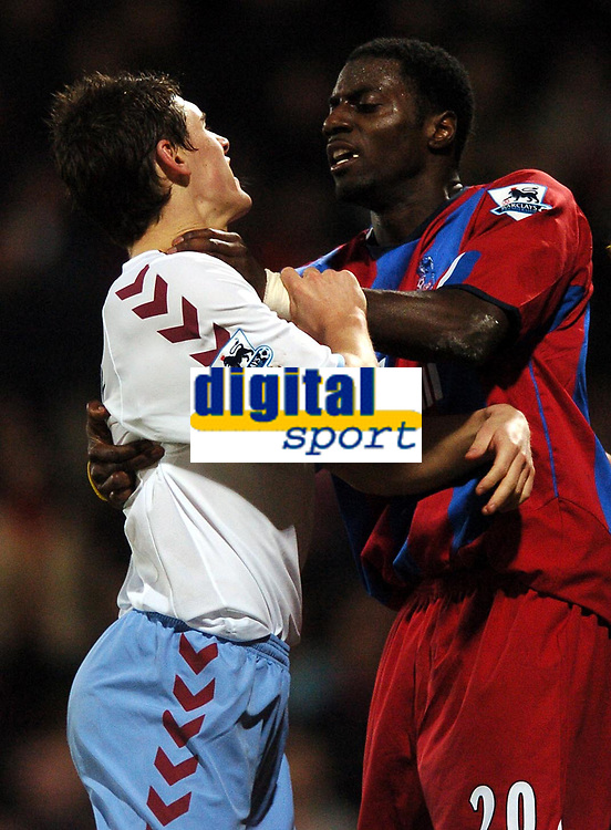 Photo: Javier Garcia/Back Page Images Mobile 07887 794393<br />03/01/2005 Crystal Palace v Aston Villa, FA Barclays Premiership, Selhurst Park<br />Darren Powell grabs Gareth Barry by the throat but referee Andy D'Urso missed the incident despite consulting the linesman