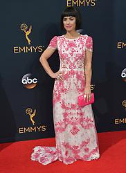 Constance Zimmer bei der Verleihung der 68. Primetime Emmy Awards in Los Angeles / 180916<br /> <br /> *** 68th Primetime Emmy Awards in Los Angeles, California on September 18th, 2016***