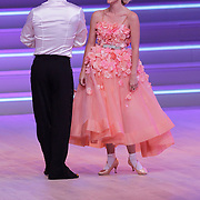 NLD/Hilversum/20120901 - 2de liveshow AVRO Strictly Come Dancing 2012, Stacey Rookhuizen en danspartner Jeroen Struijlaart