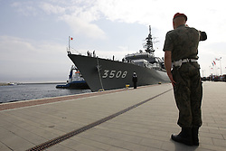 07.08.2013, Gdynia, POL, japanische Marine, im Bild japanische Marineschiffe laufen erstmals im Hafen von Gdynia in Polen ein // Japanese navy ships visit for the first time the port of Gdynia in Poland. Gdynia, Poland on 2013/08/07. EXPA Pictures © 2013, PhotoCredit: EXPA/ Newspix/ Michal Fludra<br /> <br /> ***** ATTENTION - for AUT, SLO, CRO, SRB, BIH, TUR, SUI and SWE only *****