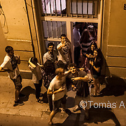 Fiesta in a tourist apartment in the Gràcia neighbourhood. Noise is replacing tranquillity, and acoustic contamination reaches every corner of the streets.