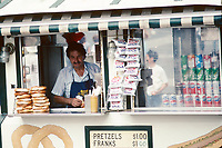 Hot Dog stand in front of the Metropolitan Museum