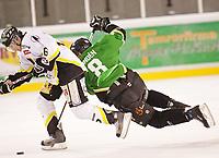 Ishockey , 12. Januar 2008 , GET-ligan , Comet - Stavanger , Bjørn Linden Comet , Brendan Brooks Stavanger , Foto: Thomas Andersen , Digitalsport