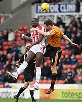 Photo: Mark Stephenson.<br />Stoke City v Wolverhampton Wanderers. Coca Cola Championship. 13/01/2007.<br />Stoke's Michael Duberry (L) wins the header from Wolves' Neil Collins.