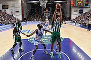DESCRIZIONE : Campionato 2014/15 Dinamo Banco di Sardegna Sassari - Sidigas Scandone Avellino<br /> GIOCATORE : Adam Hanga<br /> CATEGORIA : Tiro<br /> SQUADRA : Sidigas Scandone Avellino<br /> EVENTO : LegaBasket Serie A Beko 2014/2015<br /> GARA : Dinamo Banco di Sardegna Sassari - Sidigas Scandone Avellino<br /> DATA : 24/11/2014<br /> SPORT : Pallacanestro <br /> AUTORE : Agenzia Ciamillo-Castoria / Luigi Canu<br /> Galleria : LegaBasket Serie A Beko 2014/2015<br /> Fotonotizia : Campionato 2014/15 Dinamo Banco di Sardegna Sassari - Sidigas Scandone Avellino<br /> Predefinita :