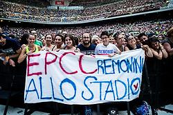June 20, 2018 - Milan, Milan, Italy - The crowd of Italian singer Cesare Cremonini performing live at Stadio Giuseppe Meazza San Siro in Milan, Italy, on 20 June 2018. (Credit Image: © Roberto Finizio/NurPhoto via ZUMA Press)