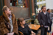PHILLIPA HORAN, REBECCA WARREN AND STEVE SHAVE,  Exhibition of New sculptures by Gary webb incorporating man-made and natural objects. The Approach, Mortimer St. London. 15 May 2008. Afterwards at Mark Hix's restaurant. Smithfield.  *** Local Caption *** -DO NOT ARCHIVE-© Copyright Photograph by Dafydd Jones. 248 Clapham Rd. London SW9 0PZ. Tel 0207 820 0771. www.dafjones.com.