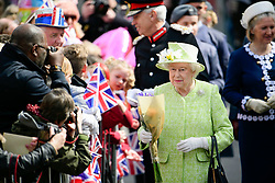 © Licensed to London News Pictures. 21/04/2016. Windsor, UK. HRH QUEEN ELIZABETH II during a walkabout in the town of Windsor, Berkshire on the day of her 90th birthday.  Photo credit: Ben Cawthra/LNP