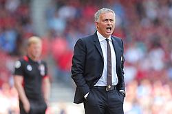 Manchester United manager Jose Mourinho shouts - Rogan Thomson/JMP - 14/08/2016 - FOOTBALL - Vitality Stadium - Bournemouth, England - Bournemouth v Manchester United - Premier League Opening Weekend.