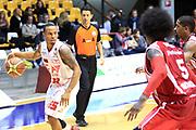 DESCRIZIONE : Desio Lega A 2013-14 EA7 Emporio Armani Milano Giorgio Tesi Pistoia<br /> GIOCATORE : Jerrells Curtis<br /> CATEGORIA : Palleggio<br /> SQUADRA : EA7 Emporio Armani Milano<br /> EVENTO : Campionato Lega A 2013-2014<br /> GARA : EA7 Emporio Armani Milano Giorgio Tesi Pistoia<br /> DATA : 04/11/2013<br /> SPORT : Pallacanestro <br /> AUTORE : Agenzia Ciamillo-Castoria/M.Mancini<br /> Galleria : Lega Basket A 2013-2014  <br /> Fotonotizia : Desio Lega A 2013-14 EA7 Emporio Armani Milano Giorgio Tesi Pistoia<br /> Predefinita :
