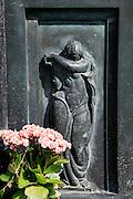 weeping angel, Monumental Cemetery of Staglieno (Cimitero monumentale di Staglieno), Genoa, Italy