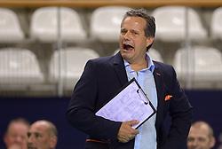 20150614 NED: World League Nederland - Finland, Almere<br /> De Nederlandse volleyballers hebben in de World League ook hun tweede duel met Finland gewonnen. Na de 3-0 zege van zaterdag werd zondag in Almere met 3-1 (22-25, 25-20, 25-13, 25-19) gewonnen / Coach Gido Vermeulen