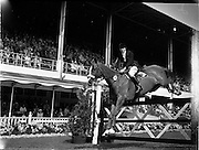 "02/08/1960<br /> 08/02/1960<br /> 02 August 1960<br /> R.D.S Horse Show Dublin (Tuesday). Mrs Dawn Woffard, Great Britain on ""Hollandia"" competing at the Dublin Horse Show."