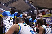 DESCRIZIONE : Cremona Lega A 2015-2016 Vanoli Cremona Grissin Bon Reggio Emilia<br /> GIOCATORE : Cesare Pancotto Coach<br /> SQUADRA : Vanoli Cremona<br /> EVENTO : Campionato Lega A 2015-2016<br /> GARA : Vanoli Cremona  Grissin Bon Reggio Emilia<br /> DATA : 07/11/2015<br /> CATEGORIA : Coach Time Out<br /> SPORT : Pallacanestro<br /> AUTORE : Agenzia Ciamillo-Castoria/F.Zovadelli<br /> GALLERIA : Lega Basket A 2015-2016<br /> FOTONOTIZIA : Cremona Campionato Italiano Lega A 2015-16  Vanoli Cremona Grissin Bon Reggio Emilia<br /> PREDEFINITA : <br /> F Zovadelli/Ciamillo