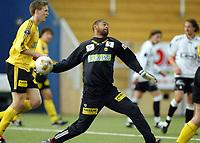 Fotball, 19 mars 2004, Treningskamp Lillestrøm-Sogndal 2-1, Emille Baron, Lillestrøm