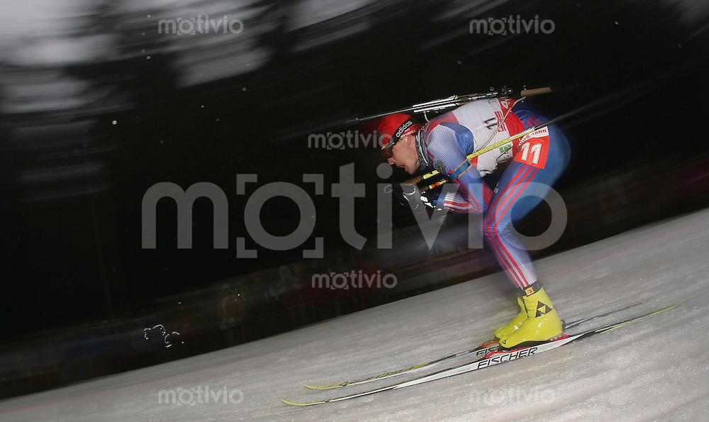 Oberhof , 060107 ; Biathlon Weltcup Oberhof , Sprintrennen , 10km der Maenner  Sergei ROZHKOV (RUS) in der Loipe