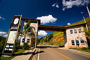 Barra Longa_MG, Brasil...Portal da entrada de Barra Longa...Barra Longa entrance...Foto: LEO DRUMOND / NITRO.