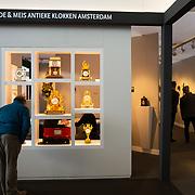 NLD/Amsterdam/20181118- Prinses Margarita geeft rondleiding op Pan Amsterdam, Bezoekers van de beurs