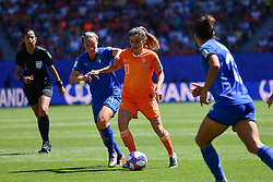 June 29, 2019 - Valenciennes, France - Danielle Van De Donk of Netherlands fight for the ball during the quarter-final between in ITALY and NETHERLANDS the 2019 women's football World cup at Stade du Hainaut, on the 29 June 2019. (Credit Image: © Julien Mattia/NurPhoto via ZUMA Press)