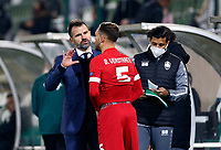 RAZGRAD, BULGARIA - OCTOBER 22: Head Coach Ivan Leko of Antwerp gives advices to Birger Verstraete of Antwerp during the UEFA Europa League Group J stage match between PFC Ludogorets Razgrad and Royal Antwerp at Ludogorets Arena on October 22, 2020 in Razgrad, Bulgaria. (Photo by Nikola Krstic/MB Media)