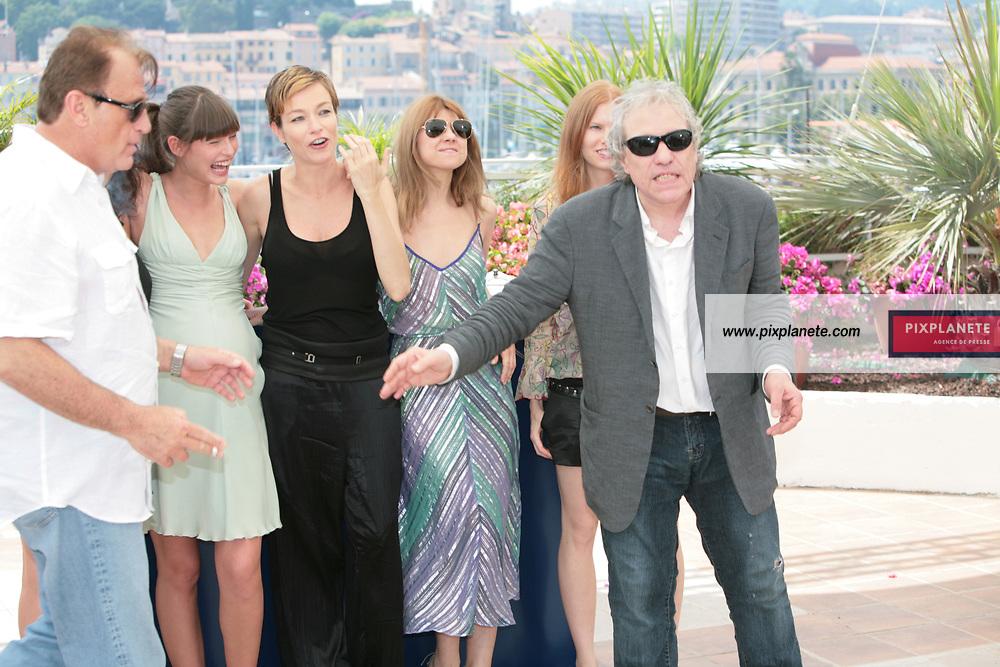 Stephania Rocca Abel Ferrara - Bianca Balti - - Festival de Cannes - Photocall Go go Tales - 23/05/2007 - JSB / PixPlanete