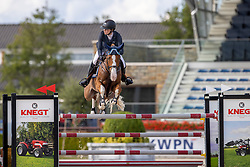 Hinners Sophie, NED, Istabraq TCS<br /> Nationaal Kampioenschap KWPN<br /> 7 jarigen springen final<br /> Stal Tops - Valkenswaard 2020<br /> © Hippo Foto - Dirk Caremans<br /> 19/08/2020