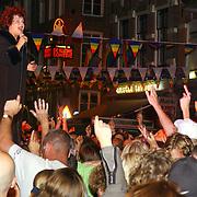 NLD/Amsterdam/20050806 - Gaypride 2005, optreden Imca Marina
