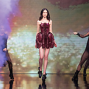 NLD/Amsterdam/20161025 - finale Holland Next Top model 2016, model Emma Hagers