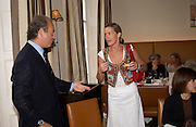 Charles Finch and India Hicks. Lunch party for Brooke Shields hosted by charles finch and Patrick Cox. Mortons. Berkeley Sq. 6 July 2005. ONE TIME USE ONLY - DO NOT ARCHIVE  © Copyright Photograph by Dafydd Jones 66 Stockwell Park Rd. London SW9 0DA Tel 020 7733 0108 www.dafjones.com