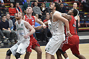 DESCRIZIONE : Milano Lega A 2015-16 Olimpia EA7 Emporio Armani Milano-Sidigas Scandone Avellino<br /> GIOCATORE : Giovanni Pini Milan Macvan<br /> CATEGORIA : Tagliafuori curiosità<br /> SQUADRA : Sidigas Scandone Avellino<br /> EVENTO : Campionato Lega A 2015-2016<br /> GARA : Olimpia EA7 Emporio Armani Milano-Sidigas Scandone Avellino <br /> DATA : 31/01/2016<br /> SPORT : Pallacanestro <br /> AUTORE : Agenzia Ciamillo-Castoria/I.Mancini<br /> Galleria : Lega Basket A 2015-2016  <br /> Fotonotizia : Milano  Lega A 2015-16 Olimpia EA7 Emporio Armani Milano-Sidigas Scandone Avellino<br /> Predefinita :
