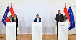 21.03.2020, Wien, AUT, Coronaviruskrise, Österreich, Pressekonferenz, Aktuelles zur Coronavirus Forschung, im Bild (L-R): Klimaschutz- und Innovationsministerin Leonore Gewessler (Grüne), Wirtschaftsministerin Margarete Schramböck (ÖVP) und Wissenschaftsminister Heinz Faßmann (ÖVP) // during a press conference of Austrian Goverment about the Coronavirus Pandemie at the Wien, Austria on 2020/03/21. EXPA Pictures © 2020, PhotoCredit: EXPA/ Herbert Neubauer/APA-POOL