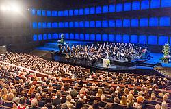 28.07.2016, Festspielhaus, Salzburg, AUT, Salzburger Festspiele, Eroeffnungsakt, im Bild Uebersicht // Overview during the Opening Ceremony of the Salzburg Festival, it takes place from 22 July to 31 August 2016, at the Festspielhaus in Salzburg, Austria on 2016/07/28. EXPA Pictures © 2016, PhotoCredit: EXPA/ JFK