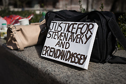 © Licensed to London News Pictures. 02/04/2016. London, UK. A sign left in front of the US Embassy in London during a protest to call for the release of Steven Avery and Brendan Dassey, both jailed in connection with the 2005 murder of Teresa Halbach in Wisconsin, USA. The case was brought to prominence by the hit Netflix series 'Making a Murderer', which suggests the possibility of foul play in the arrest and convictions of the two men. Photo credit : Rob Pinney/LNP
