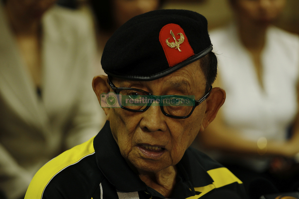 August 9, 2016 - Former president of the Philippines, Fidel Valdez Ramos (88) is making private visit in Hong Kong on a mission as a special convoy seeking for dialogue with China on South China Sea disputes. Aug 9, 2016. Hong Kong. Liau Chung Ren/ZUMA (Credit Image: © Liau Chung Ren via ZUMA Wire)