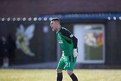 Alloa Athletic's keeper Craig McDowall.<br /> Alloa Athletic 2 v 1 Hibernian, Scottish Championship game played 30/8/2014 at Alloa Athletic's home ground, Recreation Park, Alloa.