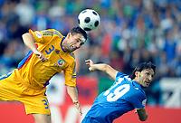 Razvan Rat (RUM) gegen Gianluca Zambrotta (ITA) © Valeriano Di Domenico/EQ Images