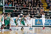 DESCRIZIONE : Avellino Lega A 2015-16 Sidigas Avellino Dolomiti Energia Trentino Trento<br /> GIOCATORE : Jamarr Sanders<br /> CATEGORIA :  tiro tre punti controcampo<br /> SQUADRA : Dolomiti Energia Trentino Trento<br /> EVENTO : Campionato Lega A 2015-2016 <br /> GARA : Sidigas Avellino Dolomiti Energia Trentino Trento<br /> DATA : 01/11/2015<br /> SPORT : Pallacanestro <br /> AUTORE : Agenzia Ciamillo-Castoria/A. De Lise <br /> Galleria : Lega Basket A 2015-2016 <br /> Fotonotizia : Avellino Lega A 2015-16 Sidigas Avellino Dolomiti Energia Trentino Trento