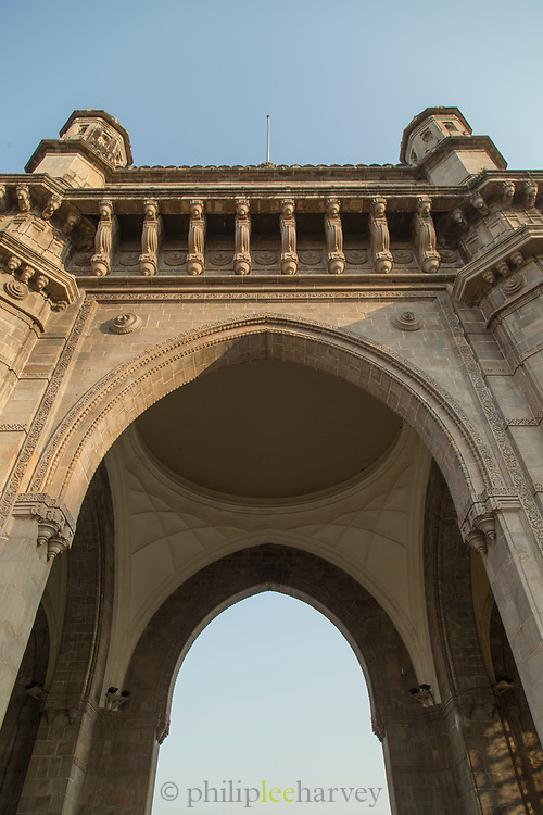 Low angle view of gateway of India detail, Mumbai, India