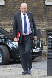 Downing Street, London, September 9th 2016.  Transport Secretary Chris Grayling arrives at Downing street for the weekly cabinet meeting following the Parliamentary summer recess.