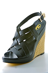 Sapato no Armazém das Fábricas, loja de sapatos em Novo Hamburgo, no Vale dos Sinos, também conhecido como o pólo coureiro calçadista no Rio Grande do Sul. FOTO: Jefferson Bernardes/Preview.com