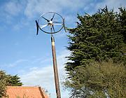 Domestic circular wind turbine