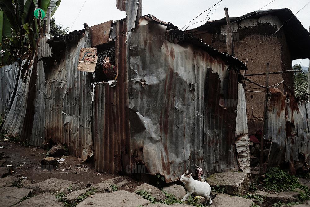 Abitazione prossima alla demolizione in uno slum nella zona di Casanchis, Addis Ababa 19 settembre 2014.  Christian Mantuano / OneShot <br /> <br /> House in a slum due to be demolished in the Casanchis area, Addis Ababa September 19, 2014.