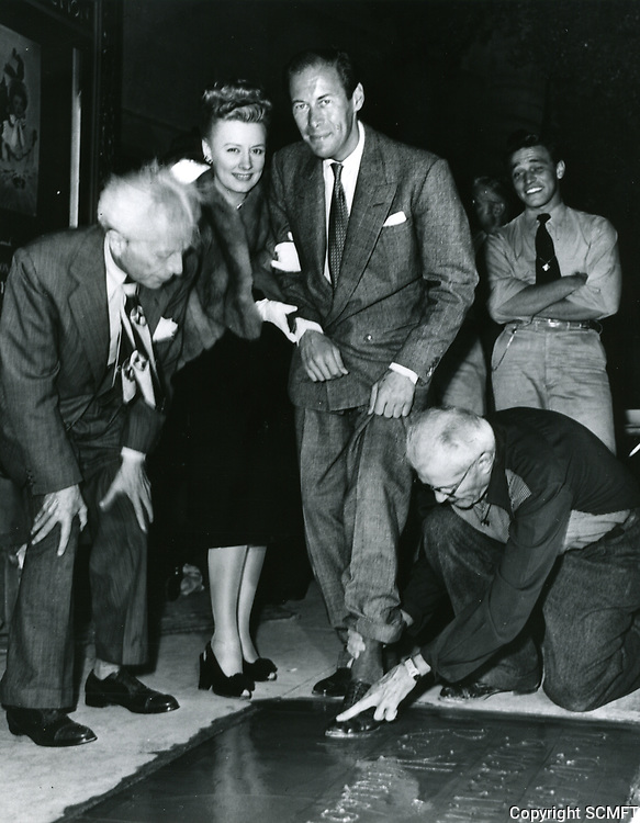 1946 Rex Harrison's hand/footprint ceremony at Grauman's Chinese Theater
