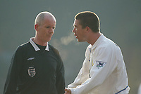 Photo: Scott Heavey<br />Crystal Palace V Leeds Ytd. 16/02/03<br />Harry Kewell of Leeds argues with referee Dermot Gallagher during this FA cup 5th round clash.