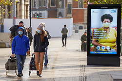 © Licensed to London News Pictures. 22/11/2020. Hull, UK. Photo credit:  Shoppers wear face coverings in Hull city centre. Hull is to face stricter measures following lockdown to reduce the spread of the Coronavirus, as 751.4 per 100000 people is reported, and the numbers keep increasing daily.  Photo credits:  Ioannis Alexopoulos/LNP